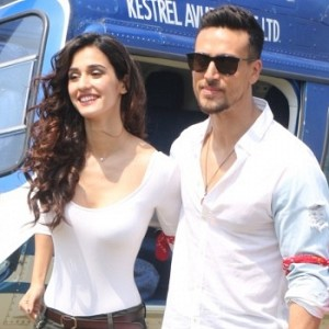 Tiger Shroff And Disha Patani Arrive In Chopper At Mahalaxmi Racecourse
