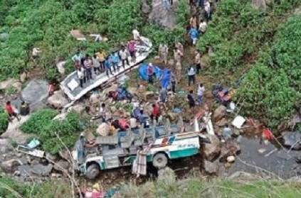 44 killed after bus falls into gorge in Uttarakhand
