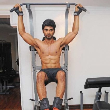 Atharvaa advanced pull up workout video